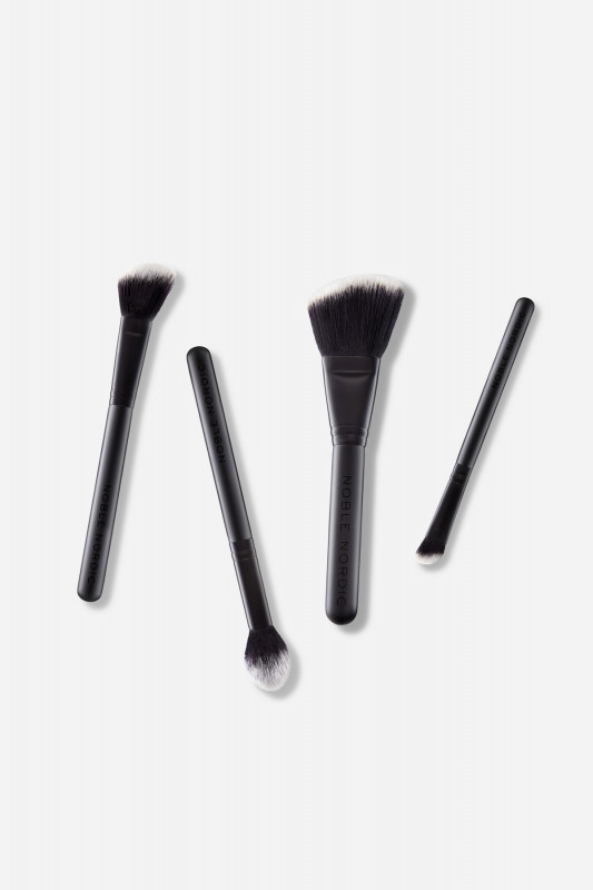 The Brush Perfect Contour Kit